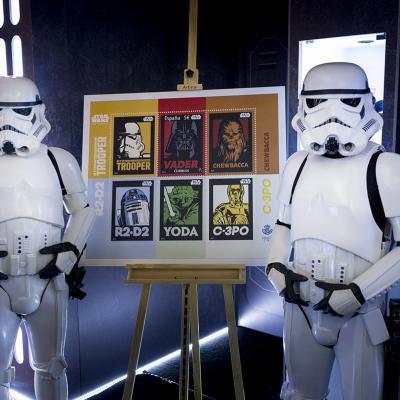 JUNIO2017 Correos presenta un sello conmemorativo de Star Wars en el 40 aniversario de la saga. Foto: Juan Naharro Gimenez/Getty Images For Disney.