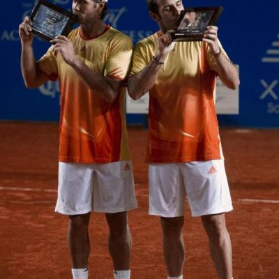 04MARZO2012 David Ferrer derrotó a su compatriota, Fernando Verdasco en la final del Torneo de Acapulco. Ganadores Verdasco (i) y Marrero (d).Foto: Abierto México.