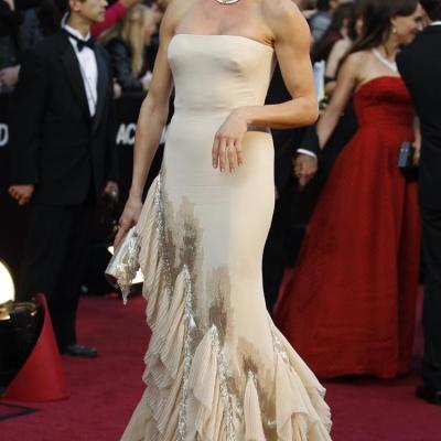 26FEBRERO2012 Alfombra roja de los Oscars de Hollywood 2012. Cameron Díaz. Foto: Agencia.