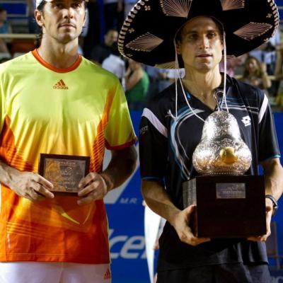 04MARZO2012 David Ferrer derrotó a su compatriota, Fernando Verdasco en la final del Torneo de Acapulco. David Ferrer y Fernando Verdasco, ganador y finalista. Foto: Abierto México.