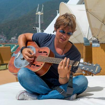 30JULIO2013 Nuevo video de Carlos Baute grabado en un crucero de la  compañía Pullmantur.