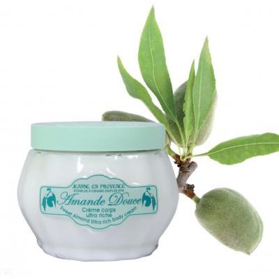 09SEPTIEMBRE2013 Nuevos productos de Jeanne en Provence para el otoño.Crema para el cuerpo con almendra dulce.  Foto: Blanz.
