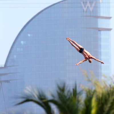 31JULIO2013 Sigue la natación en el Palau, pero el triunfo estuvo en el Moll de la Fusta, con el High Diving. Foto: BCN2013.