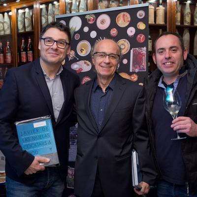 MARZO2017 Javier de las Muelas une en su libro cócteles y recetas.