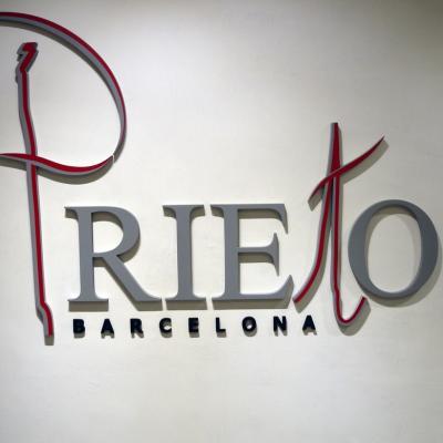 20NOVIEMBRE2014 Prieto BCN especialistas en diseño, creación y transformaciones en la piel o peletería. Foto: Montse Carreño.