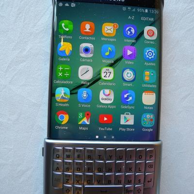 27AGOSTP2015 Samsung mantiene su apuesta por la curva con el nuevo Samsung Galaxy S6 edge+. Foto: Montse Carreño.
