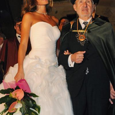 08OCTUBRE2011 Coronación de la Reina del Cava a Malena Costa, en la XXX Semana del Cava de Sant Sadurní d'Anoia. Foto: Confraria del Cava.