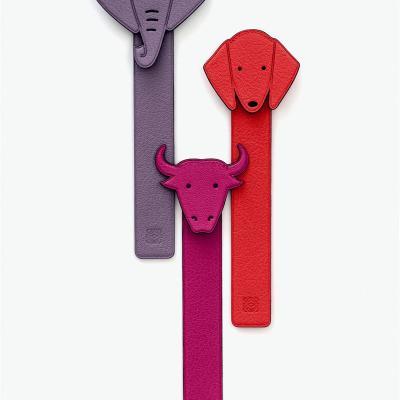 11DICIEMBRE2012 Loewe ha creado una serie de monederos, charms, candados y marcapáginas en formas de distintos animales para estas Navidades. Foto: Loewe.