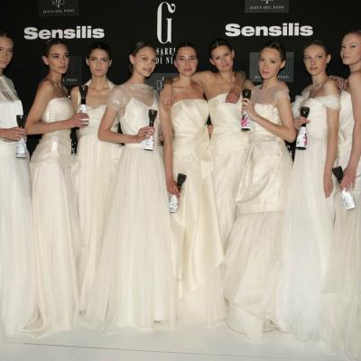 13AGOSTO2011 Fallecimiento del diseñador español Jesús del Pozo.Desfile novias 2011 mayo en Barcelona. Foto: Archivo.