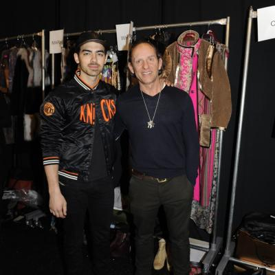 "10FEBRERO2014 Custo Barcelona desfila en la New York Fashion Week,con su colección ""En voz baja"". Joe Jonas. Foto: Custo Barcelona."