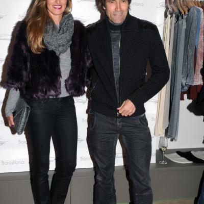 21NOVIEMBRE2013 Inauguración de la primera tienda American Vintage, en Barcelona. Julio Salinas y esposa. Foto: Montse Carreño.