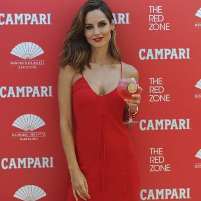 JULIO2015 Ariadne Artiles inaugura la segunda Campari Red Suite en el Mandarin Oriental Barcelona. Foto: Montse Carreño.