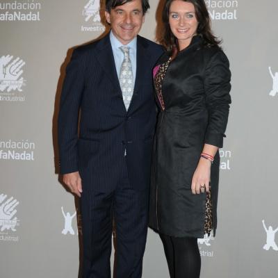 """15DICIEMBRE2011 Gala """"Juntos por la integración"""", organizada por la Fundación Rafa Nadal e Invest for Children. Emilio Sánchez Vicario y su esposa, Simona. Foto: Montse Carreño."""