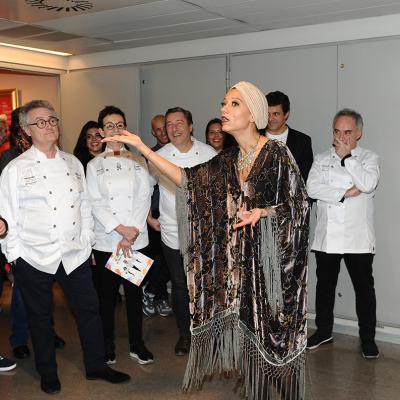 """13NOVIEMBRE2016 4ª Edición de """"La Fábrica de menjar solidari: Un día a l'Opera"""". Foto: Montse Carreño."""