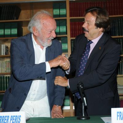22JULIO2011 Rueda de prensa de Óscar Hernández para anunciar su retirada del mundo tenístico profesional y entrega de talones solidarios. Foto: Montse Carreño.