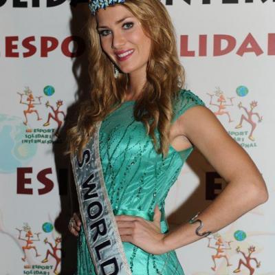 22ENERO2016 Mireia Lalaguna, Miss Mundo en una cena de ESI. Foto: Montse Carreño.