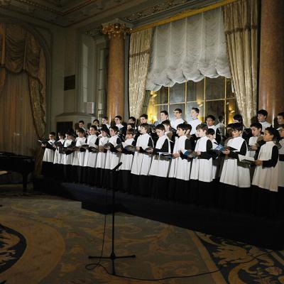DICIEMBRE2017 La Escolanía de Montserrat canta en el Palace Barcelona. Foto: Montse Carreño.