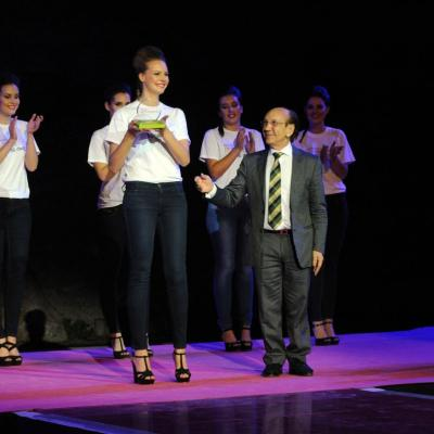 11JUNIO2013 Salerm Cosmetics New Generation by Francina ya tiene ganadores de su quinta edición.Trofeo ganadora curvy.  Foto: Manel Marti.