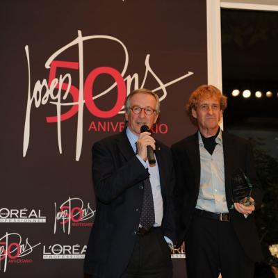 06FEBRERO2012 Galardones al reconocimiento profesional con motivo del 50 aniversario de la trayectoria profesional de Josep Pons. Xavier Trias. Foto: Manel Martin.