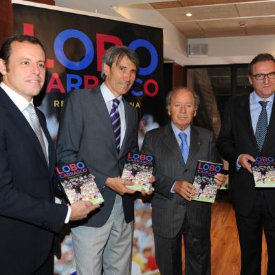"""01JUNIO2011 Presentación del libro """"Regate y propina"""" de Lobo Carrasco, que contó con la presencia de Sandro Rosell y Josep Lluis Núñez. Foto: Manel Martin."""