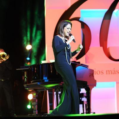 20NOVIEMBRE2013 Premios Ondas, en su 60 aniversario. Gloria Estafan. Foto: Manel Martin.