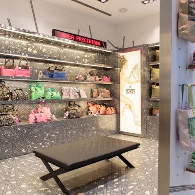 21MARZO2014 Munich abre Pop-Up Sore Accessories en el Centro Comercial Diagonal Mar.