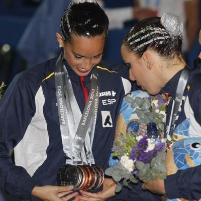 27JULIO2013 Medalla de plata en combo y Ona Carbonell que ganó siete medallas. Foto: Manel Martin.