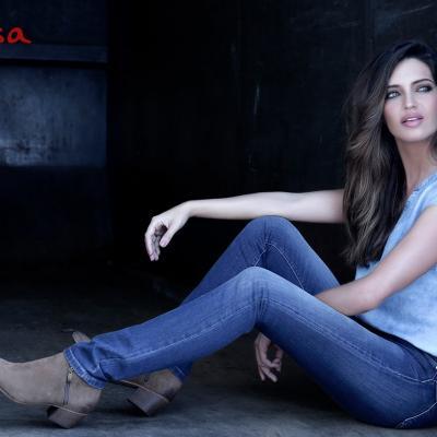 ABRIL2017 Jeans Push Up Wonder celebra el 10º aniversario con Sara Carbonero como embajadora de la marca.