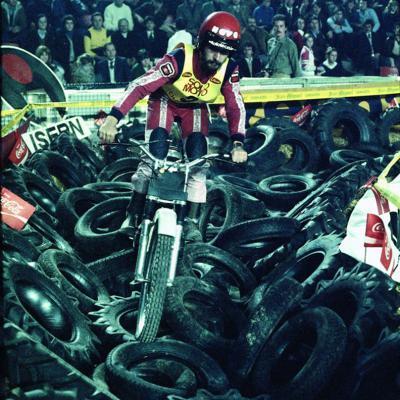 05FEBRERO2017 Trial Indoor Solo Moto en Barcelona celebrando los 40 años. Subirá en 1978.