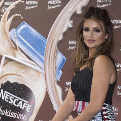 12MAYO2016 Mónica Cruz presenta las nuevas variedades de Nescafé Shakissimo: sabor cookies y caramelo.