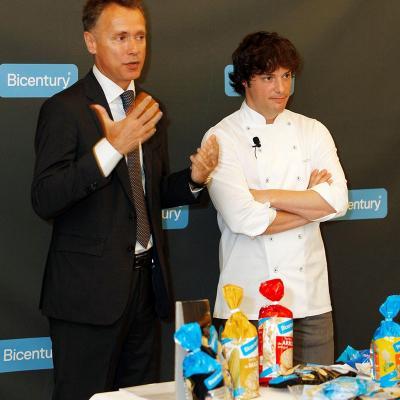 07MAYO2015 Bicentury y Jordi Cruz presentan los nuevos sabores de tortitas.