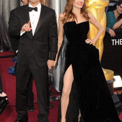 26FEBRERO2012 Alfombra roja de los Oscars de Hollywood 2012. Brad Pitt y Angelina Jolie.Foto: Agencia.