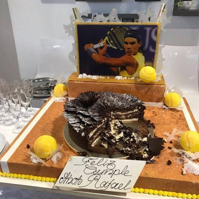04JUNIO2017 Cumpleaños de Rafa Nadal en Roland Garros. Foto: Roland Garros.