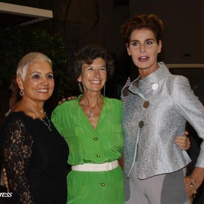 08OCTUBRE2011 Entrega de premios de la 1ª Regata benéfica de la Fundación Barraquer. Rosa Tous, Elena Barraquer y Antonia dell'Atte. Foto: Mahala.