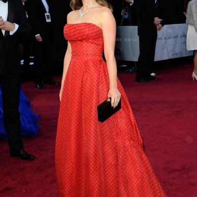 26FEBRERO2012 Alfombra roja de los Oscars de Hollywood 2012. Natalie Portman. Foto: Agencia.