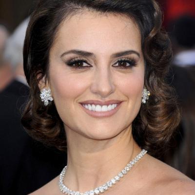 26FEBRERO2012 Alfombra roja de los Oscars de Hollywood 2012. Penélope Cruz.Foto: Agencia.