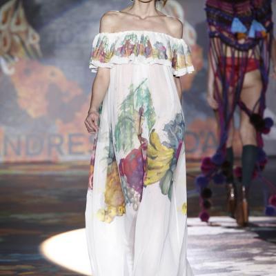 21FEBRERO2011 Cibeles Fashion Week Otoño-Invierno 2011-2012 en Madrid. Desfile de Andrés Sardá Foto: Ugo Camera.