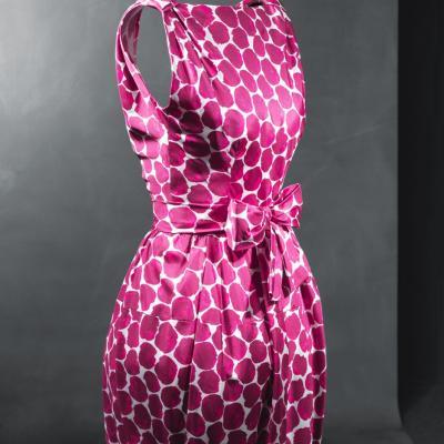 OCTUBRE2011 Vestido clave de principios de los años sesenta, es elegido como pieza del mes de Octubre del Cristóbal Balenciaga Museoa. Foto: Museoa Balenciaga.