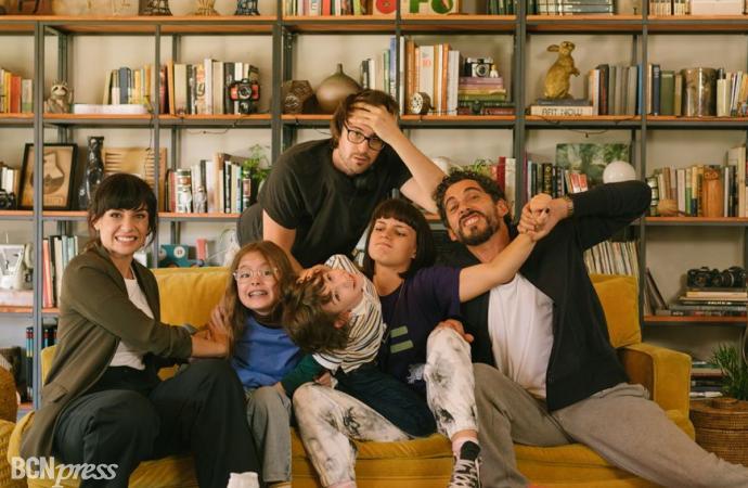 Comienza el rodaje de 'Mamá o Papá', comedia de Paco León y Miren Ibarguren