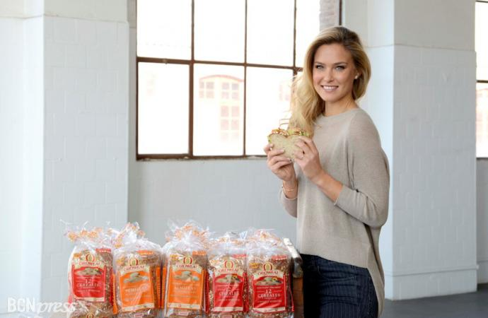 Oroweat, el pan ideal para Bar Refaeli