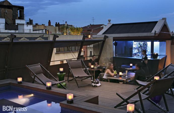 """Para el verano la """"8 Terrace-Bar"""" del Hotel Granados 83 recupera el aperitivo al atardecer"""
