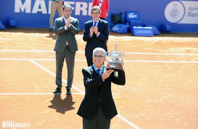 Homenaje a Manuel Orantes por cumplir 50 años de su triunfo