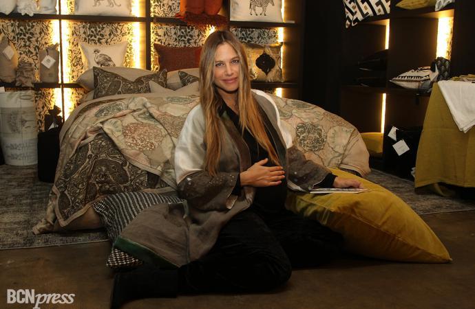 Martina Klein presenta su nuevo proyecto 'Lo de Manuela'