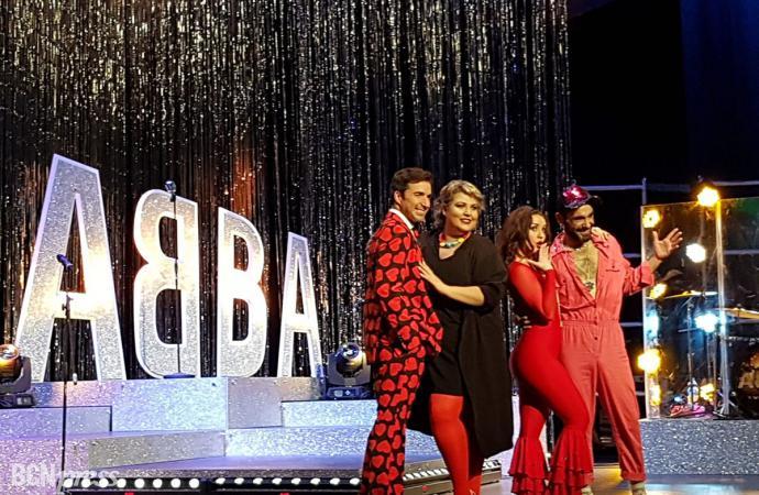 El teatro Coliseum es un plató de televisión para Abba Live TV