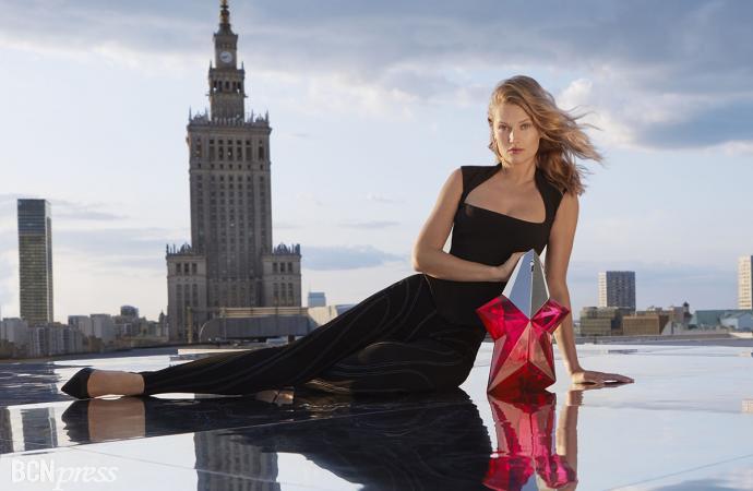 Perfumes Mugler presenta la nueva estrella, Angel Nova
