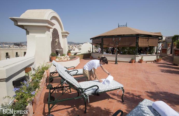 El hotel Palace da vida a Diana, un gran jardín romántico en su azotea